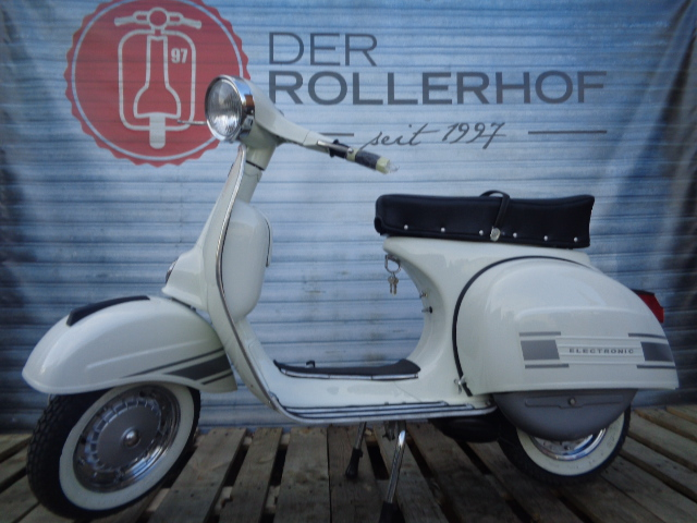 Vespa VBB Sprint Super - Vespa VBC 150 Rally Style  in weiss