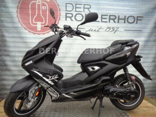 Yamaha Aerox 50 ccm 2 Takt Naked Mofa